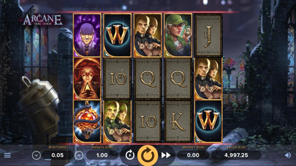 Arcane Reel Chaos spilleautomat med lykkehjul